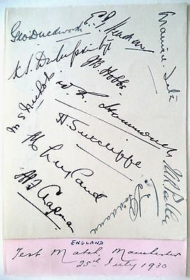 ENGLAND v AUSTRALIA 1930, 4th TEST, OLD TRAFFORD CRICKET AUTOGRAPHED ALBUM PAGE