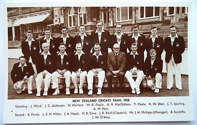 New Zealand To England 1958 – Vintage Cricket Postcard