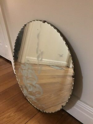 Antique 1930's Art Deco Circular Scalloped Edge Mirror With Etched Inlay
