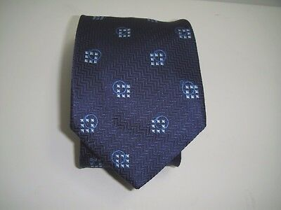 MENS  Ermenegildo Zegna  with small squares  Ties 100% silk