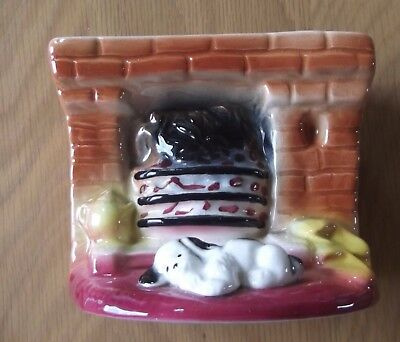 Vintage Eastgate Pottery England Dog at Fireplace - Ex condition