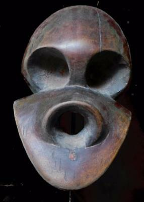 Outstanding  Tribal Large Bulu Mask  ---  Cameroon