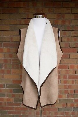 Cripple Creek Women's Polyester Suede Faux Fur Sleeveless Vest Size Large