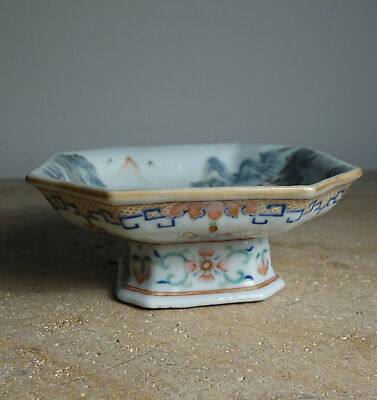 Antique chinese Tongzhi porcelain footed bowl dish 19th Century