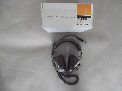 Vintage KOSS Stero Headphones with side controls boxed.Near new condition.
