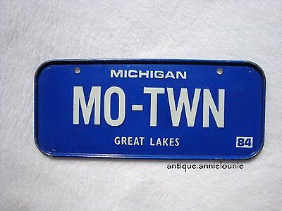 1984 MICHIGAN Post Cereal License Plate # MO-TWN