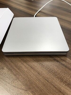Super Slim USB 2.0 Slot-in DVDRW Driver. Macbook, Macbook Pro, Imac or PC.