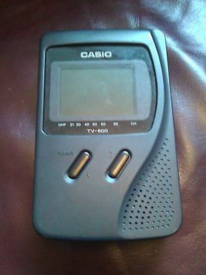 Casio portable tv-600D, retro, cool and working mini telly