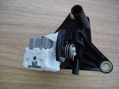 Renault Clio Mk2 2001 To 2006  Complete Boot Lock And Solenoid All Models