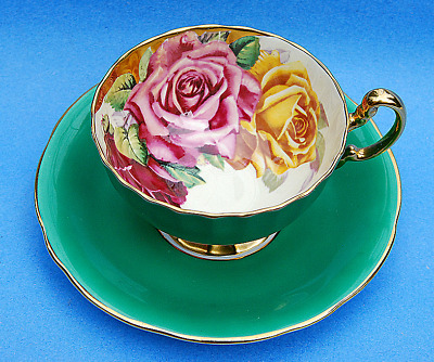 Fine Aynsley Cabbage Rose Green Cup And Saucer