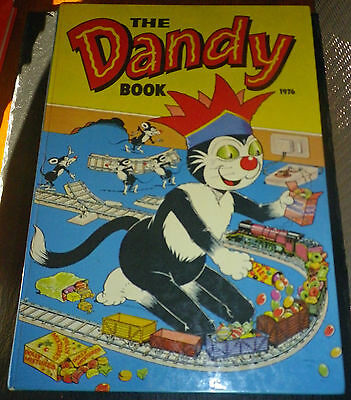 The Dandy Book / Annual. 1976