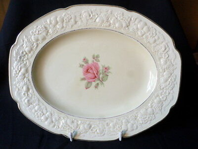Crown Ducal. Florentine. Small Serving Plate. (Rose Theme). Made In England.