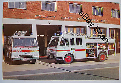 Vintage Hcb Angus Csv' B'' Water Tender Isle Of Wight Fire Brigade - Judges Ppc