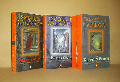 3 OBERNEWTYN CHRONICLES Isobelle Carmody lot The Farseekers, Keeping Place,