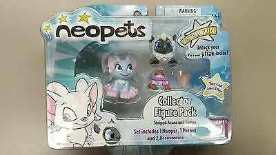 NEW Neopets Collector Figure Pack Striped Acara and BabaaSeries 1