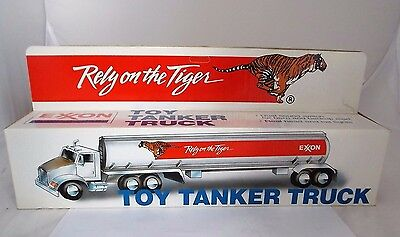 1992 Exxon Collectible Toy Tanker Truck Rely on the Tiger w/ Lights & Sound NIB