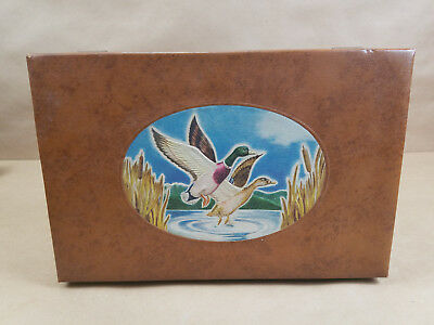 VINTAGE SMITH CRAFTED CHICAGO TOBACCO Jewelry BOX faux leather Mallard Painting