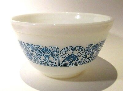 Small Vintage Pyrex Ovenware Bowl Made in U.S.A.