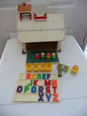 Fisher Price Play Family School 923 - Incomplete Set (See Pics) -