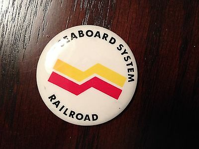 Vintage Seaboard System RR BADGE / PIN / BUTTON  w/ Pin back Mint cond.
