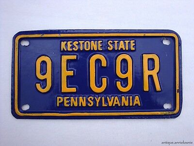 PENNSYLVANIA MOVIE PROP Small Plastic Vintage License Plate # 9EC9R
