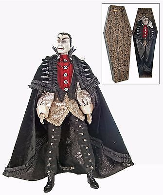 """Count Vampire Figurine in Coffin 18"""" Doll Halloween Gothic Katherines New"""