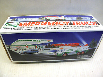 Hess 1996 Emergency Truck with Lights Siren & More Brand New in Box NOS
