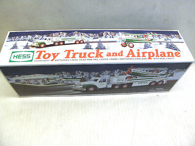 Hess 2002 Toy Truck With Airplane Brand New in Box NOS
