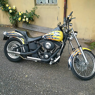 Harley Night Train im Race Flag Desige mit 8200km TÜV neu 2004er Modell