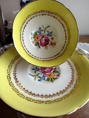Antique Royal Grafton Bone China Tea Cup Saucer Floral Bouquet Roses Yellow Gold