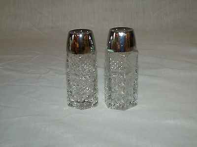 Salt & Pepper Shaker Set w/Plastic Lids in Wexford By Anchor Hocking