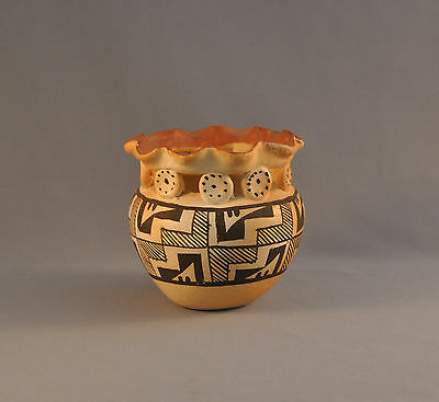 Unique Rare Old Acoma Pueblo Pot - Rippled Rim Resting On Clay Circles - 3 3/4""