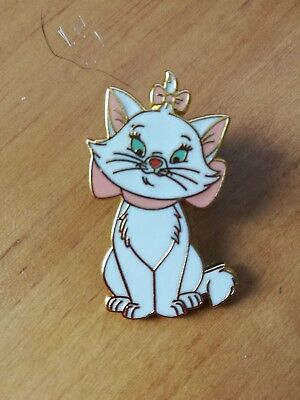 Disney Trading pins Marie the cat