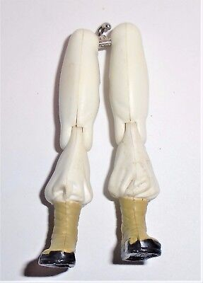 GI Joe Body Part  1997 Storm Shadow V5        Legs             C8.5 Very Good
