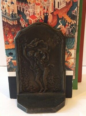 Vintage Bronze Bookends Romantic Lovers Couple Caught In The Storm, Art Deco SU7