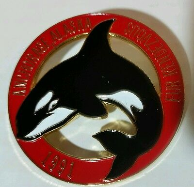 1991 Anchorage Alaska Fur Rendezvous Orca Killer Whale Rondy  Pin