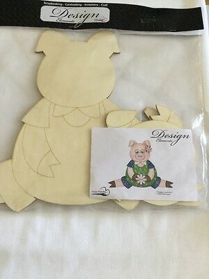 Wooden Pig To Decorate