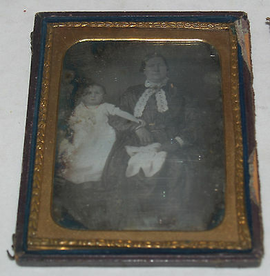 Antique Daguerreotype Photograph Well Dressed Mother And Child Daughter Girl