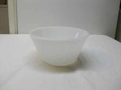 Vintage Federal Milk Glass Oven Ware Large Mixing Bowl