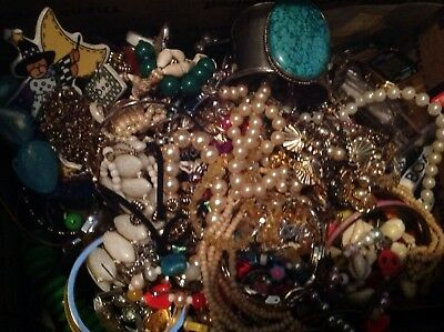 """Lot """"610"""" of  Costume  Jewelry  for Crafts, Wear, Repair-10+lb"""