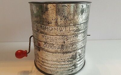 Vintage Bromwell 5 cup flour sifter wire crank