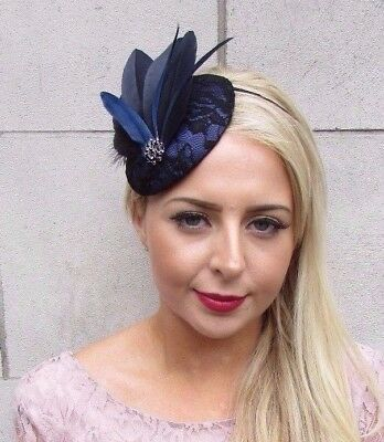 3d8a3ef7604 Black Navy Blue Statement Feather Fascinator Races Pillbox Hat Vtg Races  4116