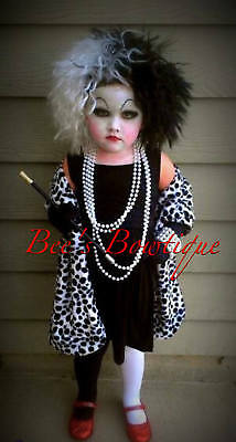 READY to ship Cruella Deville shawl for costume 101 Dalmatians De vil De Ville