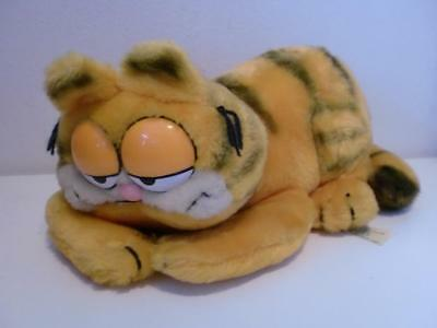 Vintage Dakin Classic Garfield Lazy Relaxing Plush Soft Toy Cat Doll 1980s