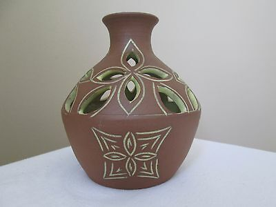1977 Six Nations Reserve Kanyengeh Pottery Syl Smith