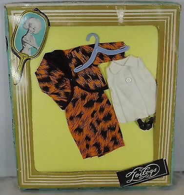 VINTAGE BOXED 1960s TOITOGS FASHION OUTFIT FOR TEENAGE DOLL BARBIE, SINDY, ETC.