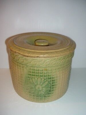 Old Daisy pattern Salt Glaze Lidded Butter Crock