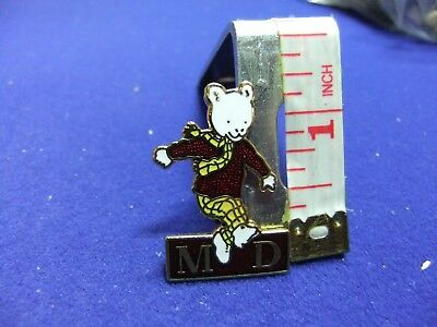 vtg badge Rupert md charity express newspapers childrens character figural