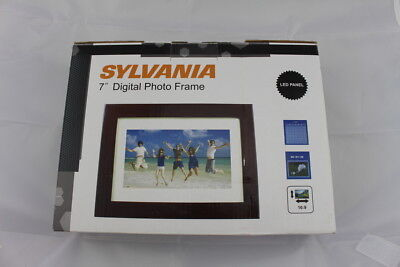 Sylvania 7 in, Digital Photo Frame LED Panel SDPF785