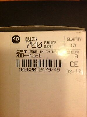 New! Box Of 10 - Allen Bradley 700-HN121 RELAY SOCKET - 5 BLADE
